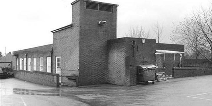 Оригинальное здание почтового отделения, под которым размещался бункер «Пэддок».