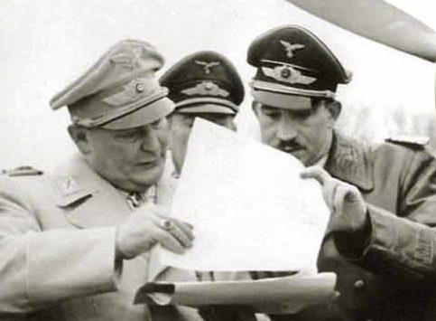 Герман Геринг, Бруно Лёрцер и Адольф Галланд. 1940 г.