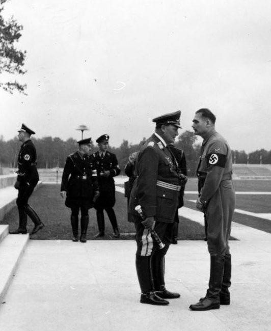 Рудольф Гесс и Герман Геринг на съезде НСДАП. Ньюрнберг.1938 г.