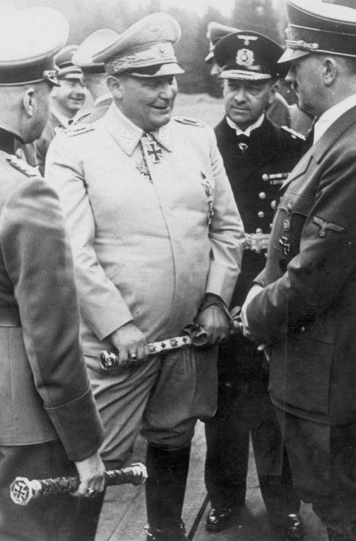Герман Геринг, Адольф, Вальтер фон Браухич и Эрих Редер. 1941 г.