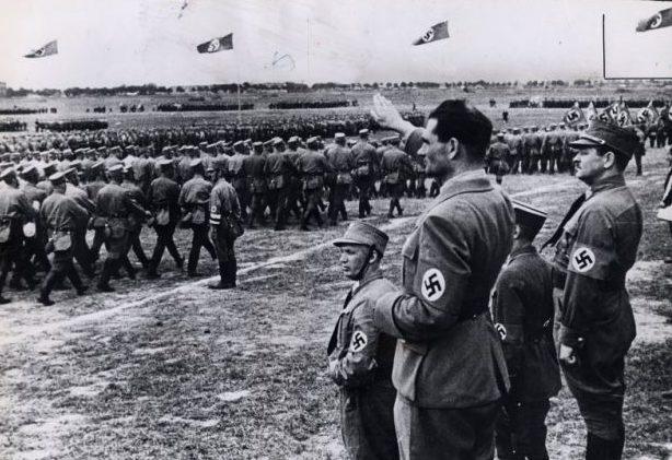 Рудольф Гесс на церемонии открытия канала. 1939 г.