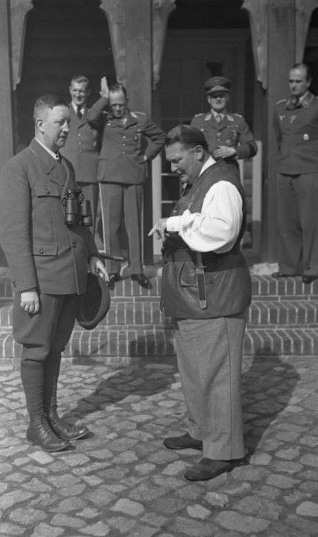 Герман Геринг в своем поместье. 1941 г.
