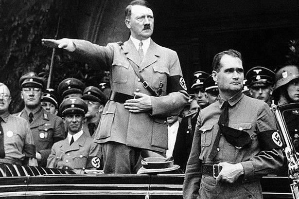 Рудольф Гесс и Адольф Гитлер. 1940 г.