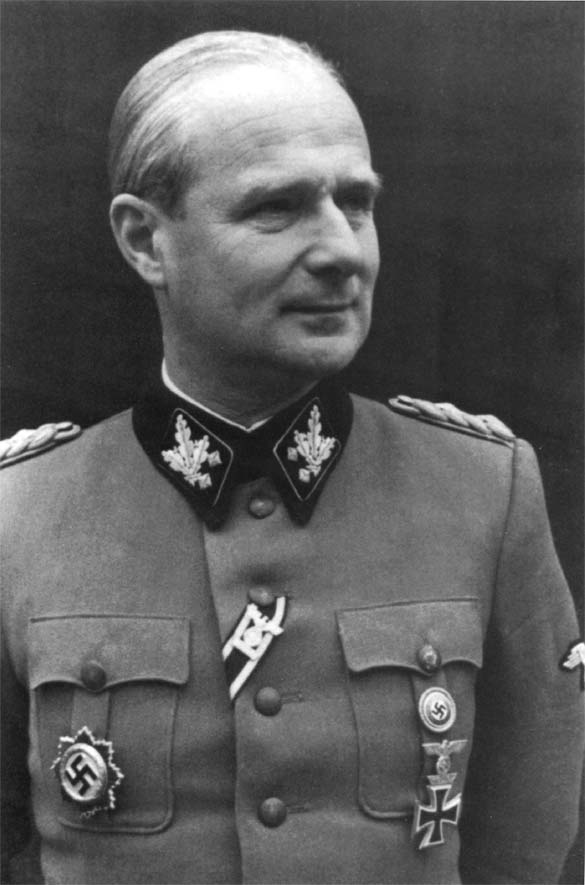 Карл Вольф. Уполномоченный вермахта при правительстве Италии.