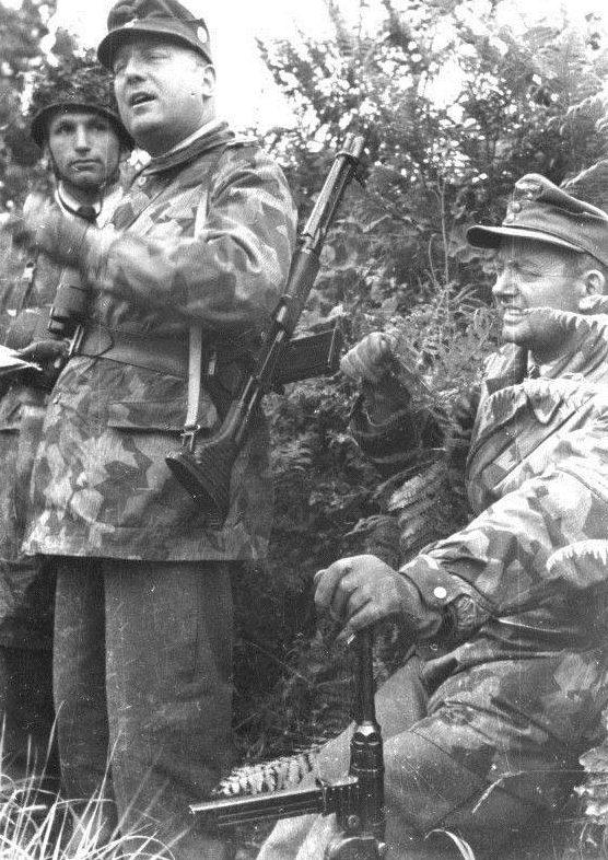 Фридрих Альперс в Нормандии. 1944 г.