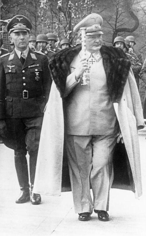Герман Геринг и Пауль Конрат. 1942 г.