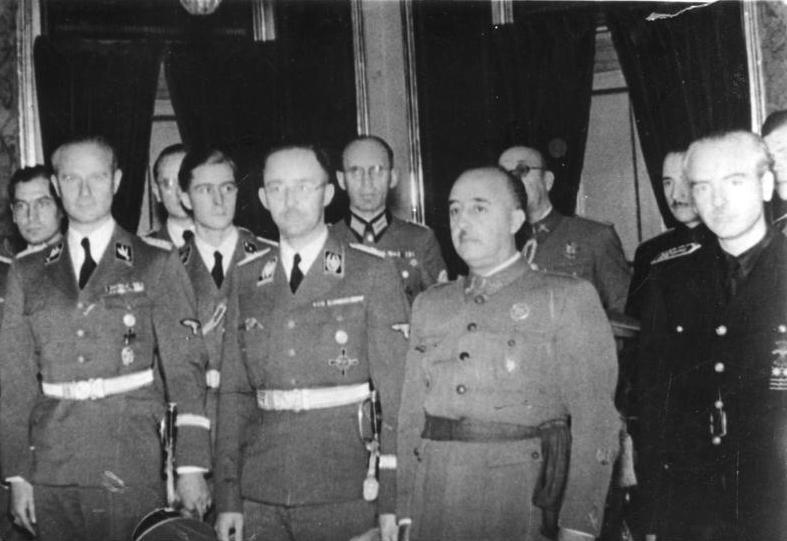 Карл Вольф во время встречи с Франсиско Франко и Рамоном Серрано Суньером. Испания. 1940 г.