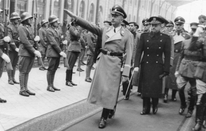 Карл Вольф во время Гиммлера в Мадриде. 1940 г.