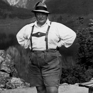 Герман Геринг на отдыхе. 1944 г.