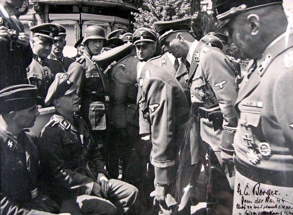 Кристиан Бергер Готтлоб на фронте. 1944 г.