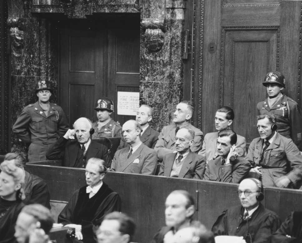 Кристиан Бергер Готтлоб на судебном процессе. Нюрнгбер. 1947 г.