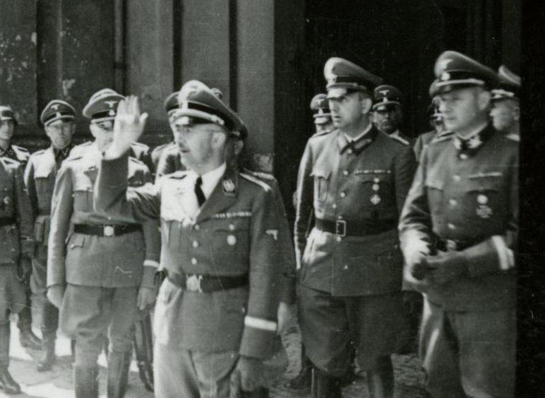 Карл Вольф на похоронах Рейнгарда Гейдриха 1942 г.