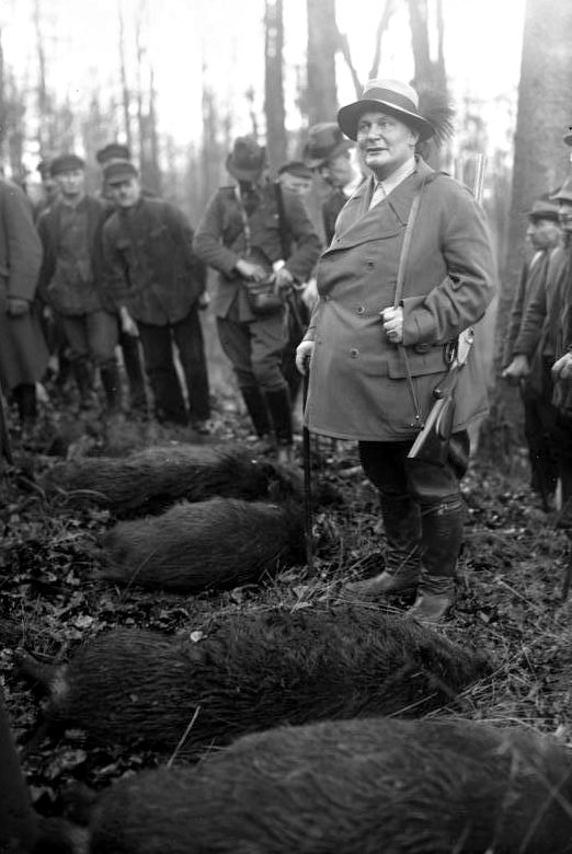 Герман Геринг на охоте. 1934 г.