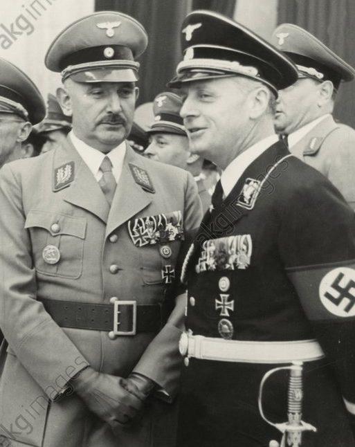 Руст Бернгард и Иоахим Риббентроп. 1938 г.
