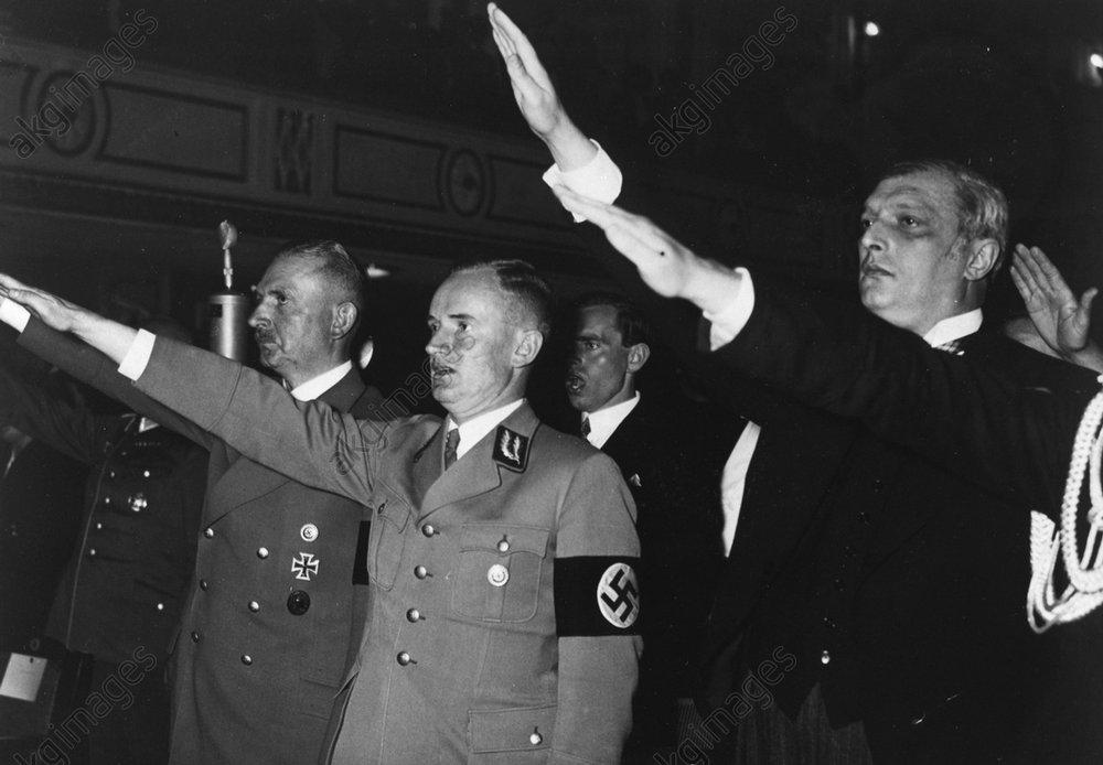 Руст Бернгард в консерватории Зальцбурга. 1939 г.