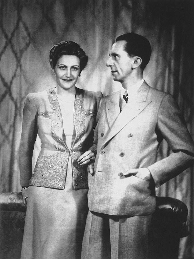Йозеф Геббельс с женой. 1931 г.