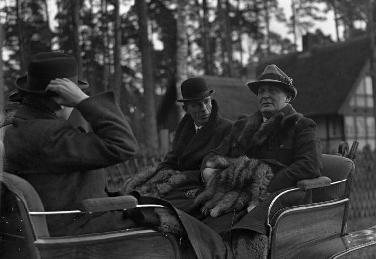 Герман Геринг и Едвард Налифакс. 1937 г.