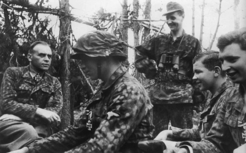 Юрген Вагнер в полевых условиях. 1944 г.