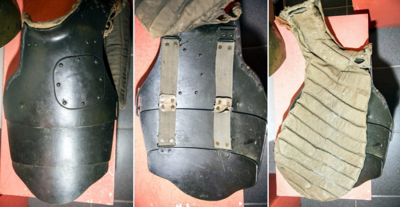 СН-38 тяжёлого типа из трёх частей с подтулейным устройством первого типа.