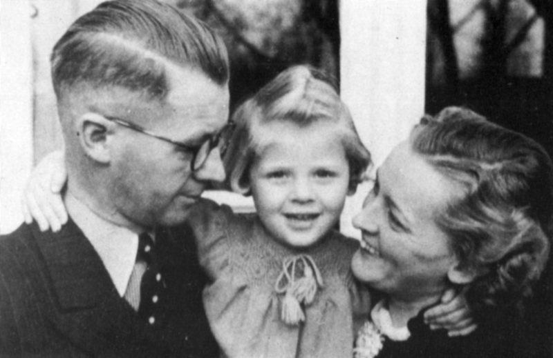 Йозеф Тербовен с семьей. 1939 г.