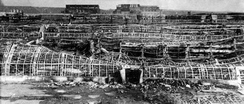 Последствия бомбардировки завода им. Ленина. Ноябрь 1941 г.