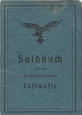 Солдатская книжка военнослужащего Люфтваффе.