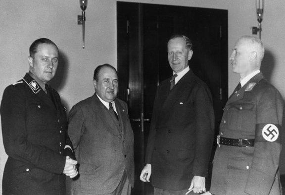 Рихард Дарре, Вальтер Функ, Курт Шмит и Готфрид Федер. 1937 г.