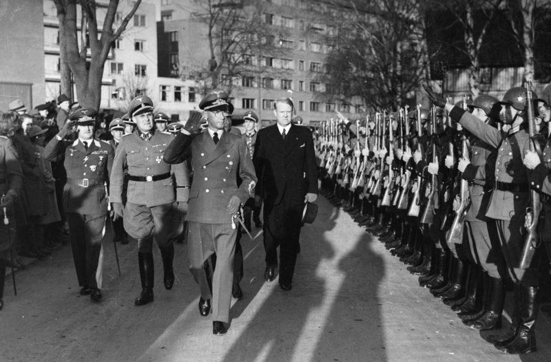 Йозеф Тербовен и Квислинг. Осло. 1942 г.