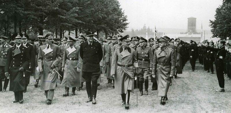 Йозеф Тербовен на съезде норвежской фашистской партии. Осло. 1942 г.