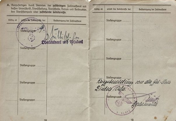 Солдатская книжка танкиста, побывавшего в советском плену.
