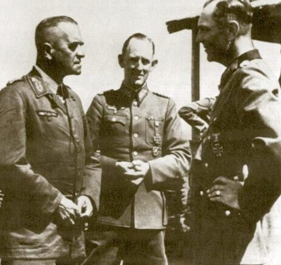 Вальтер Гейтц и Шмундт Рудольф. Сталинград. 1942 г.
