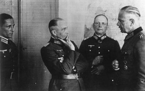 Вальтер Браухич, Вальтер Рейхенау и Эвальд фон Клейст. 1939 г.