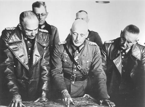 Вальтер Браухич, Вальтер Вейхс и Франц Гальдер. 1939 г.