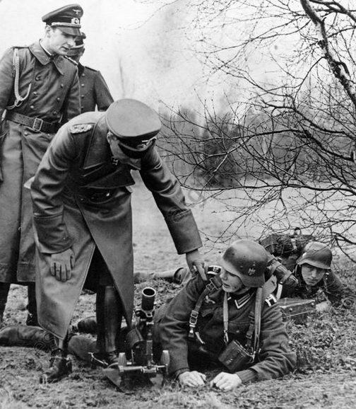 Вальтер Браухич на маневрах. 1939 г.