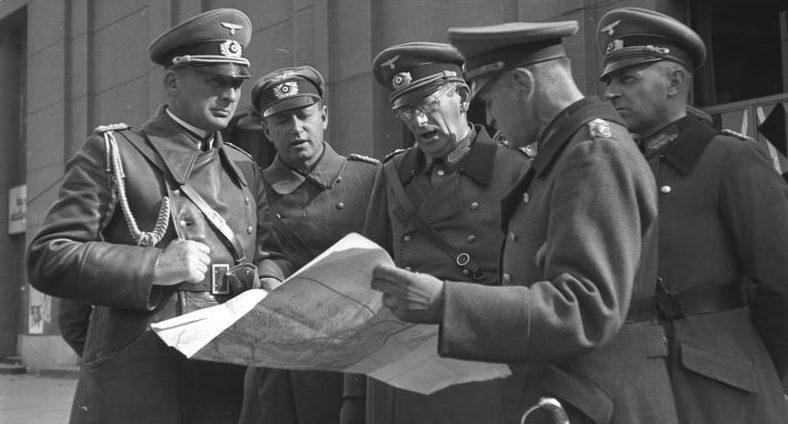 Максимилиан Вейхс в Варшаве. 1939 г.