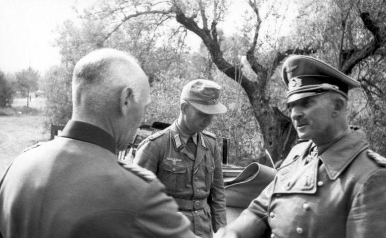 Ганс Юрген Арним и генерал Густав Фон Ваерст. 1943 г.