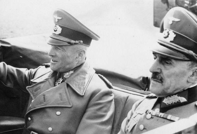 Вальтер Браухич и фон Штюльпнагель. Париж. 1941г.