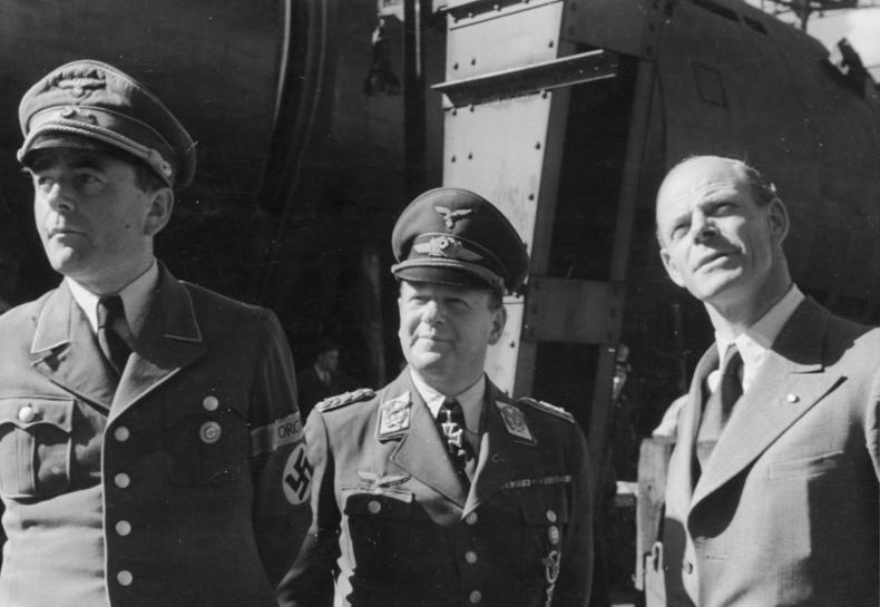 Альберт Шпеер, Эдгард Мильх и Вильгельм Мессершмитт. 1944 г.