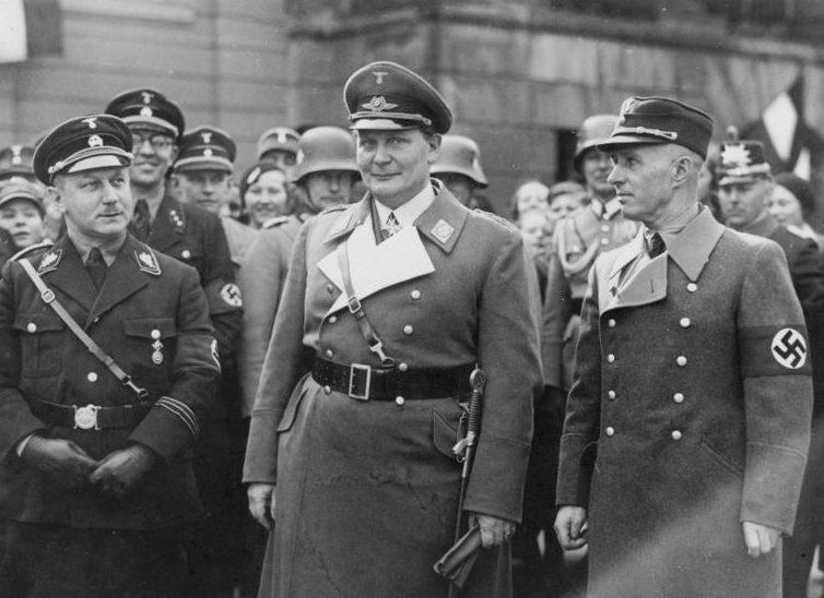 Вильгельм Кубе, Герман Геринг и Ганс Фридрихс. 1934 г.