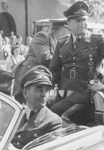 Альберт Шпеер и Эдгард Мильх. 1944 г.