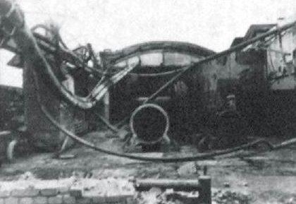 Один из выгоревших пролетов колесного цеха.