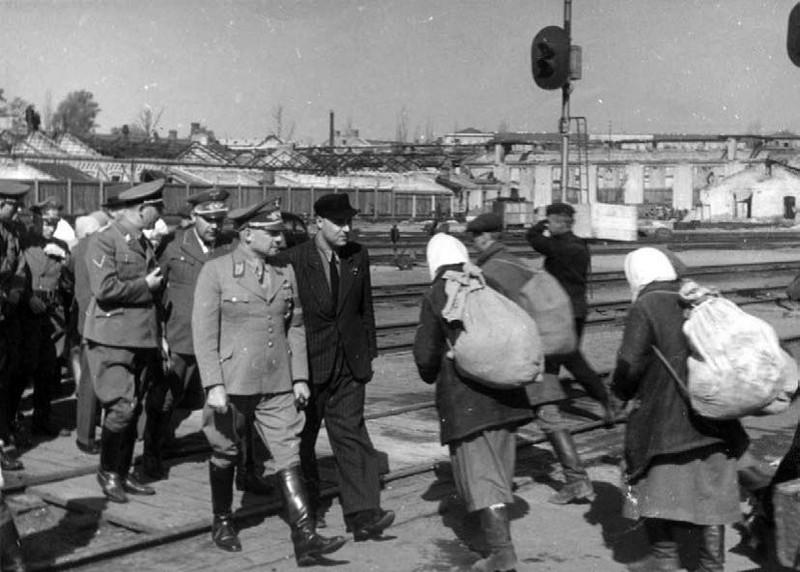 Фриц Заукель в Киеве. 1942 г.