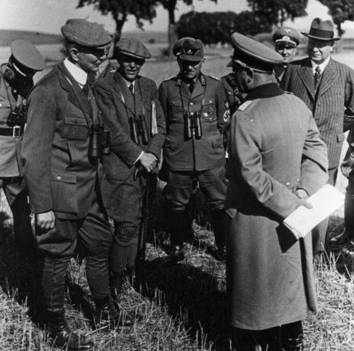 Иоганн Шверин, Ялмар Шахт, Константин Хирл и Джулиус Дорпмуллер.1937 г.