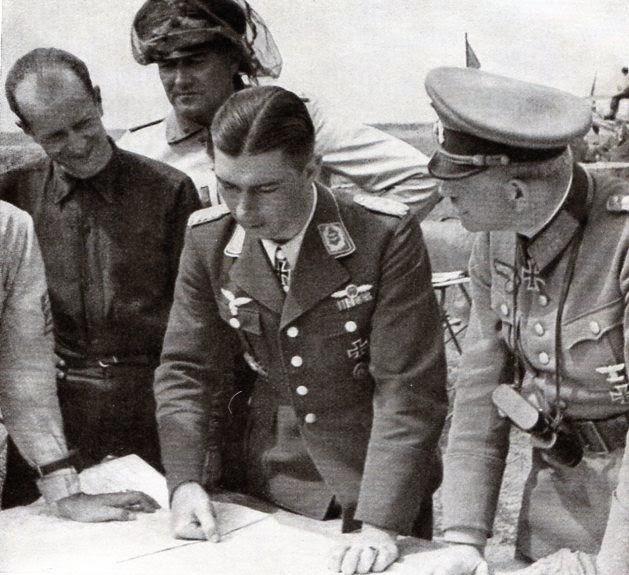 Гейнц Гудериан и Вернер Мельдерс. 1941 г.