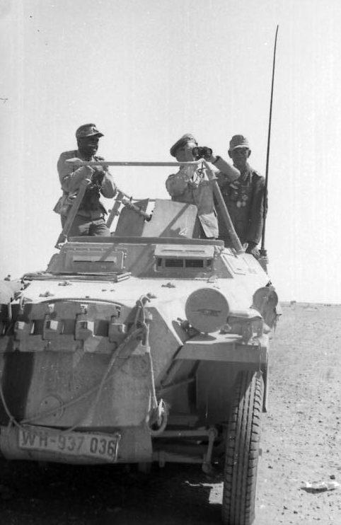 Фриц Байерлейн и Эрвин Роммель в Северной Африке. 1942 г.