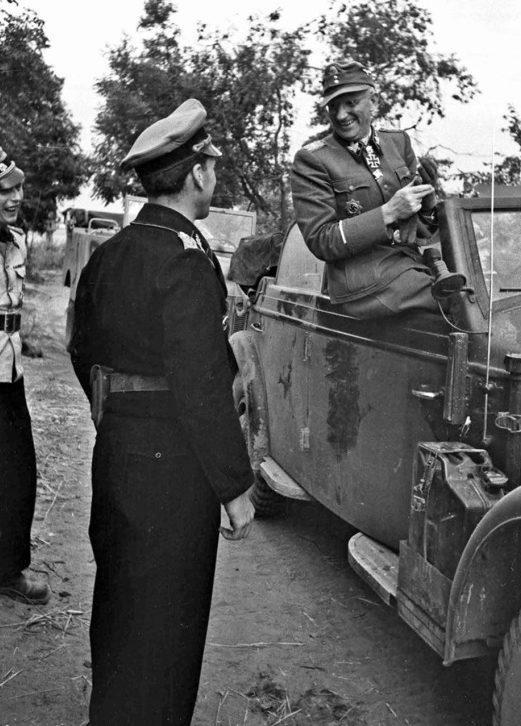 Герберт Гилле и Рудольф Мюленкамп. 1944 г.