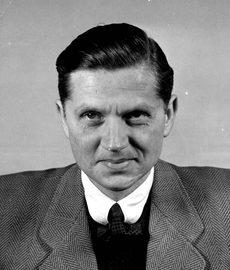 Вальтер Шелленберг в Нюрнберской тюрьме. 1945 г.