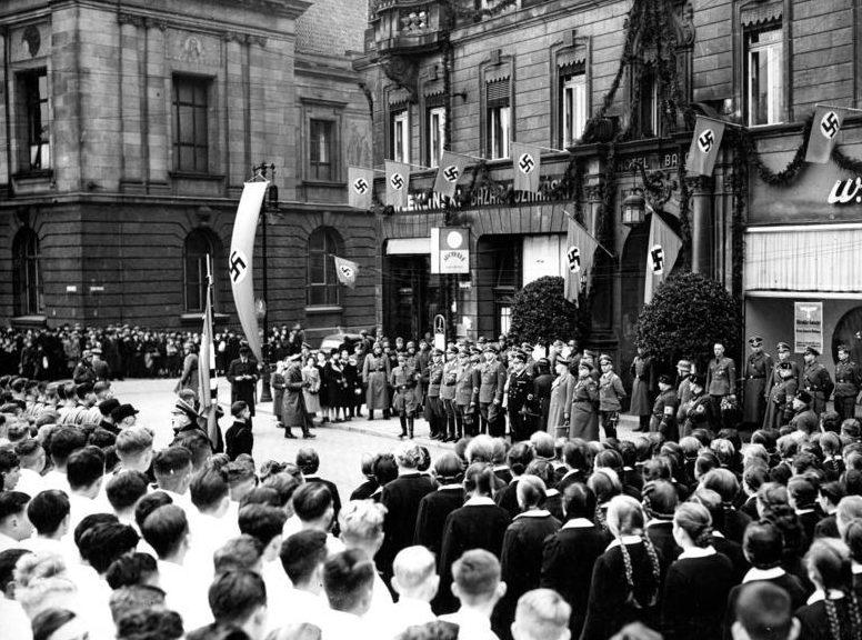 Вильгельм Фрик в Данциге. 1939 г.