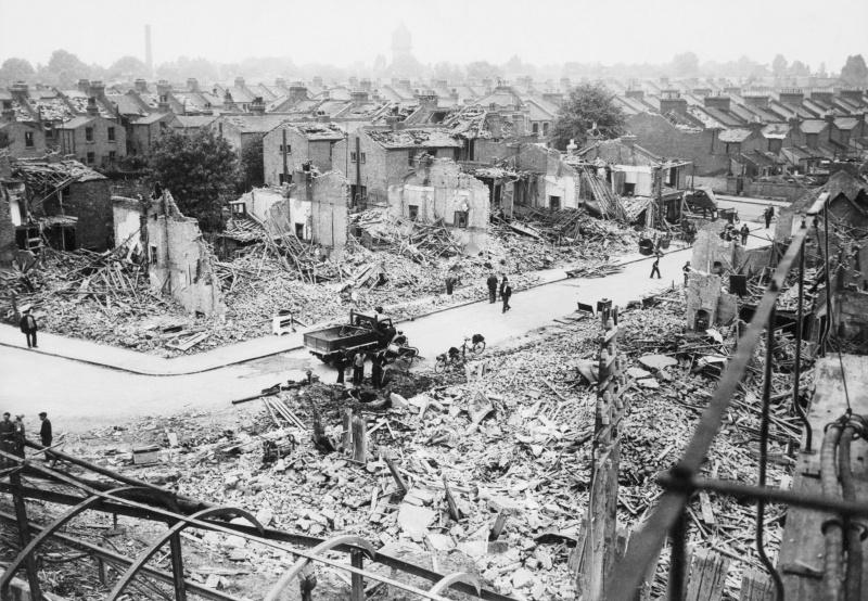 Разрушения в жилом секторе. 1941 г.