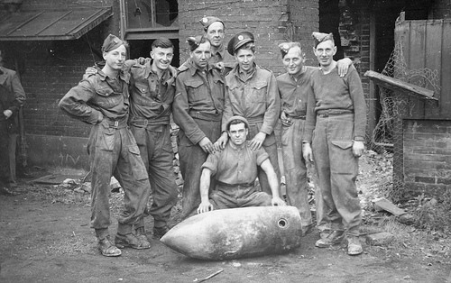 Обезвреженная бомба. Октябрь 1940 г.